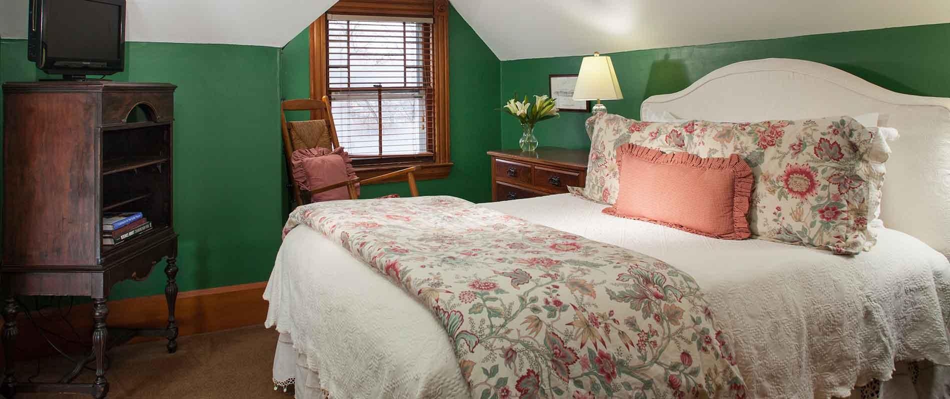 Beautiful room in a Burlington B&B
