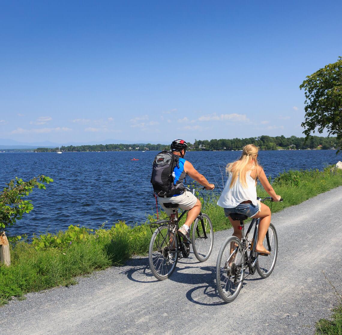 Couple biking in Burlington, VT