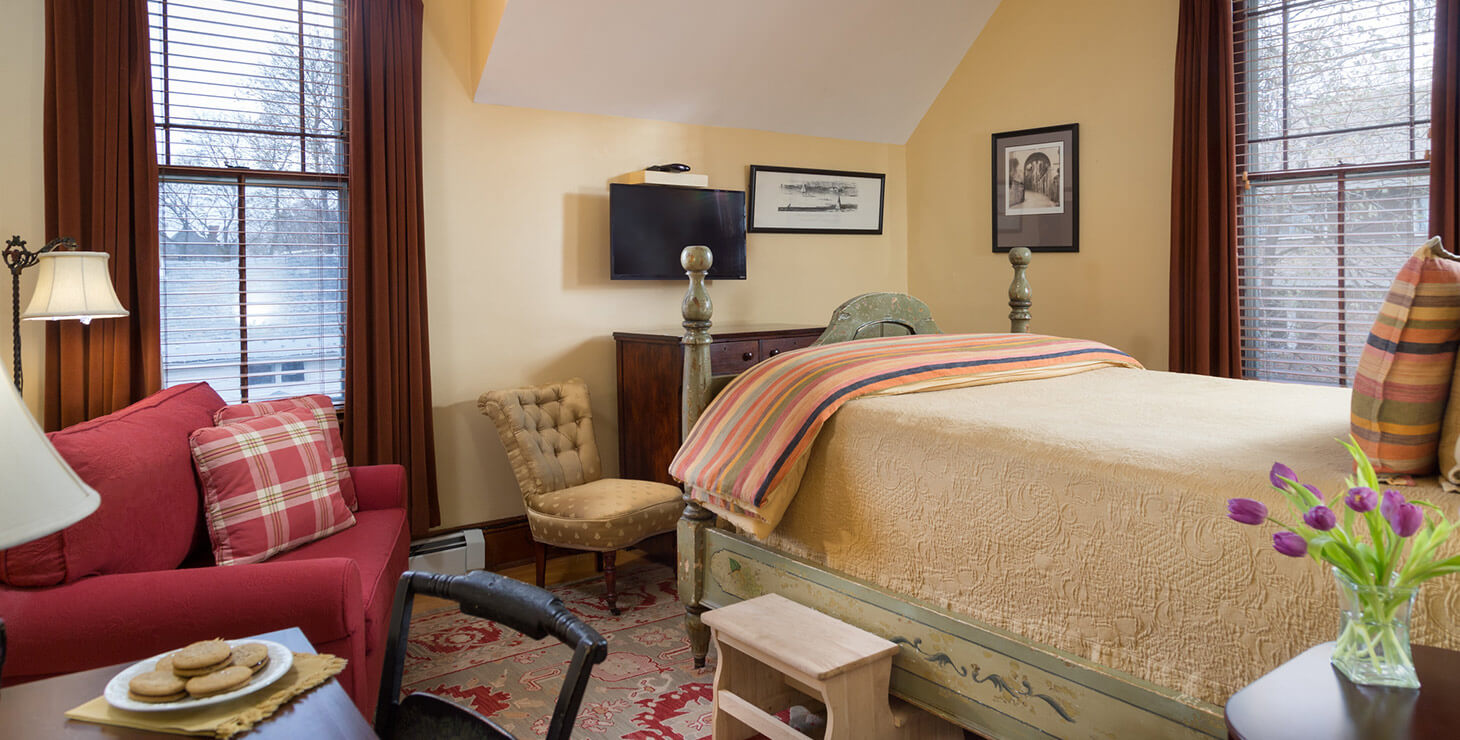 Fisher Room bed and seating area