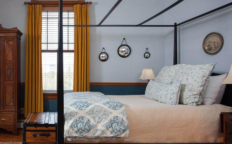 Hayward Room bed