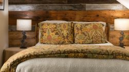 McClurkin Room bed