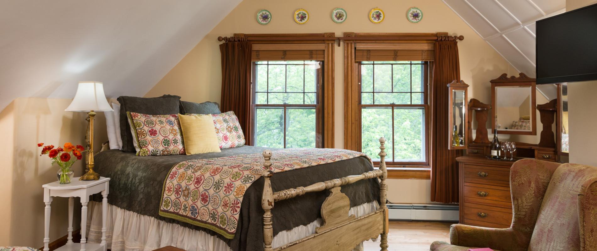 Tuttle Room- Burlington, VT Inn