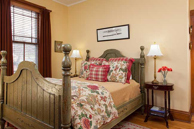 Burlington Vermont Lodging - Fisher Room