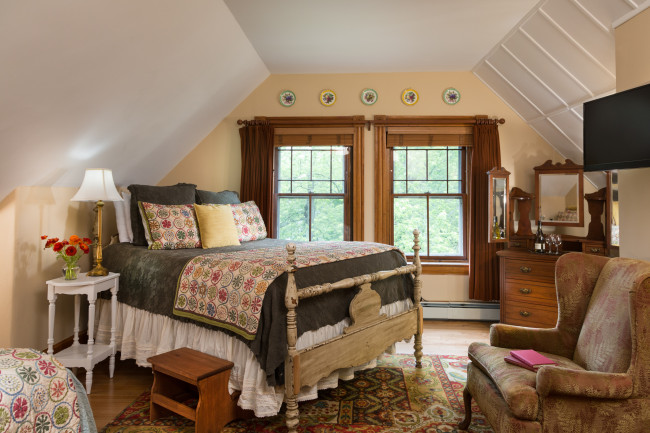 Burlington Inn - Tuttle Room